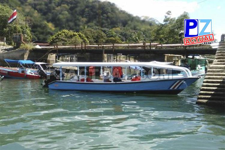 Servicio Nacional de Guardacostas detuvo en Golfito lancha «pirata».