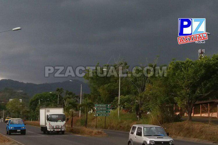 IMN pronostica aguaceros con tormenta esta tarde.