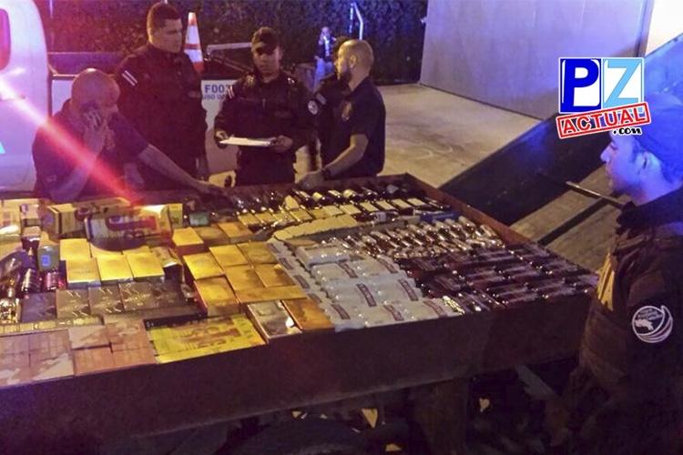 Policía de Fronteras ubica en Golfito cargamento de licor en camión con doble forro.