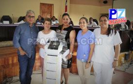 Municipalidad de Osa entrega equipo médico a Clínica de Mama.