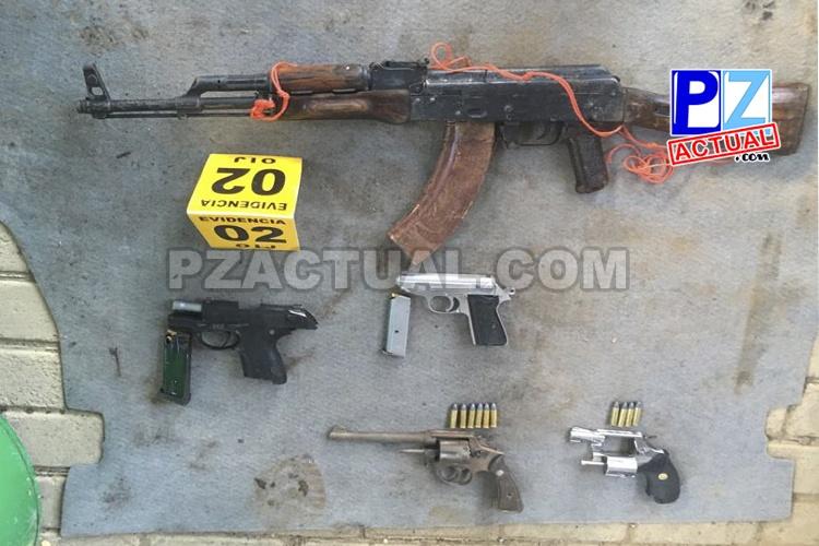 Aprehenden a cinco sospechosos de transporte de armas de fuego en Buenos Aires y Osa.
