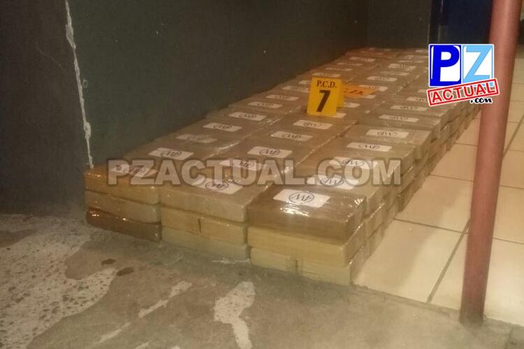 Fuerza Pública y PCD decomisaron anoche 206 kilos de cocaína en Agua Buena de Coto Brus.