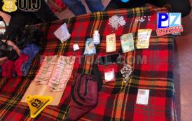 Cuatro personas fueron detenidas como sospechosas de venta de droga.