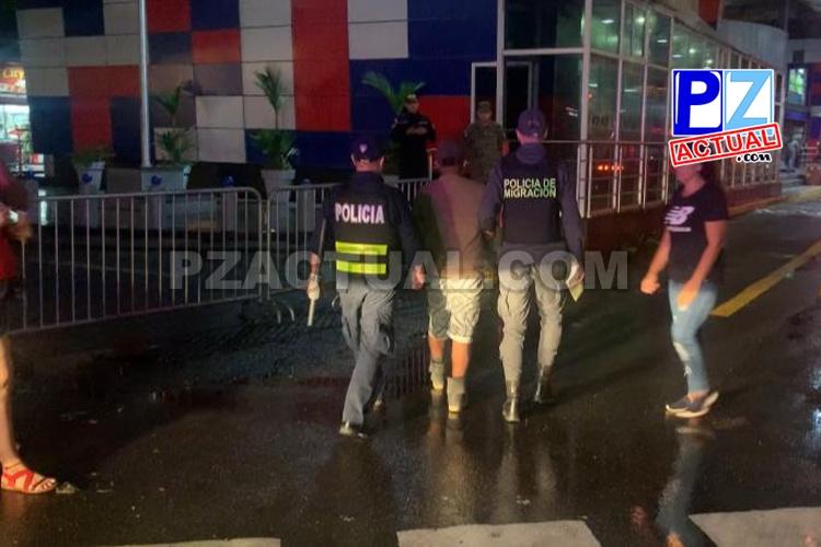 Oficiales de Fuerza Pública aprehenden en el país a panameño con orden de captura en Corredores.
