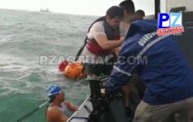 Guardacostas de Quepos rescatan a kayakistas que se accidentaron en playa La Vaca.
