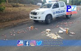 Vehículo volcó en Pérez Zeledón tras intentar huir de las autoridades.