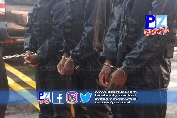 Detienen a tres tripulantes ecuatorianos y decomisan cargamento de droga.