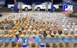Autoridades de seguridad marítima de Costa Rica y Panamá interceptan lancha rápida con 1.367 paquetes de droga.